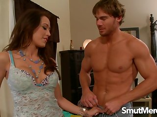 Amazing Night-time Babe Capri Cavalli Makes Him Bust One in Her Brashness