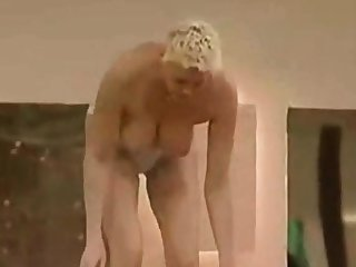 Brigitte Nielsen NUE dans Beamy Brother
