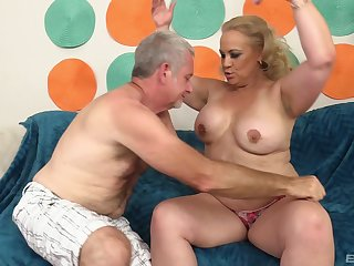 Blonde BBW granny Stunning Summer gets pussy pounded hardcore
