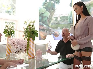 Horny dude is craving for yummy pussy of young stepmom Gia Vendetti