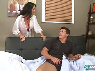 Rita fucks her son's big-dicked friend - 60PlusMilfs