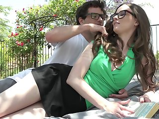 Nerd dude fucks girlfriend Jay Taylor on the lawn in front of the house