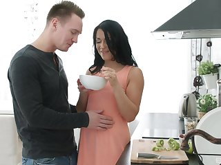 Wonderful sexual morning experience with his new girl