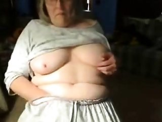 Dirty granny has fun in the sky web cam. Amateur older
