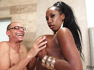 Horny grandpa is gonna fuck chubby black tranny