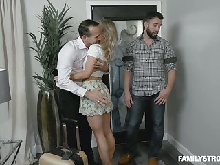 Dude finger fucks pussy of sleeping brother's wife Kate Kennedy and she gives him a blowjob