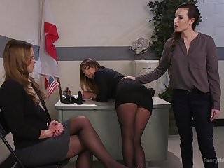 Sex toys can please the sexual desires of lesbian Charlotte Cross